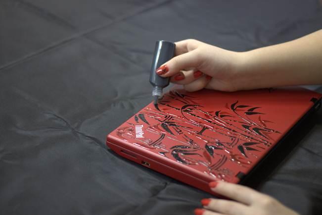Как украсить ноутбук своими руками в домашних условиях