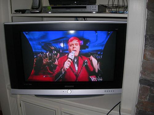 телевизор Samsung WS-32Z30
