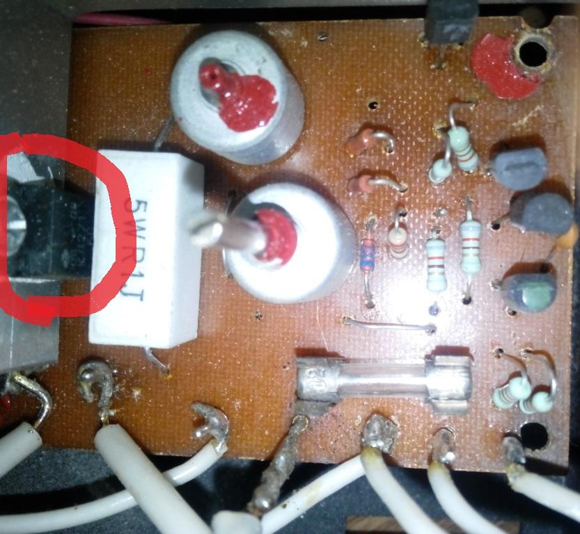 Принципиальная схема зарядного устройства для автомобильных аккумуляторов Заводила АЗУ 215